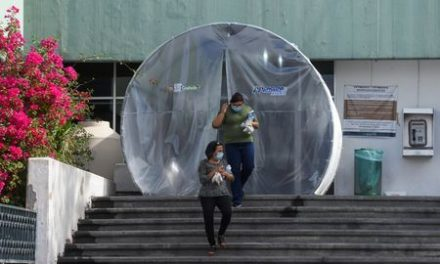 Exclusive: Nurses at Mexico hospital hit by coronavirus say they were told to avoid masks